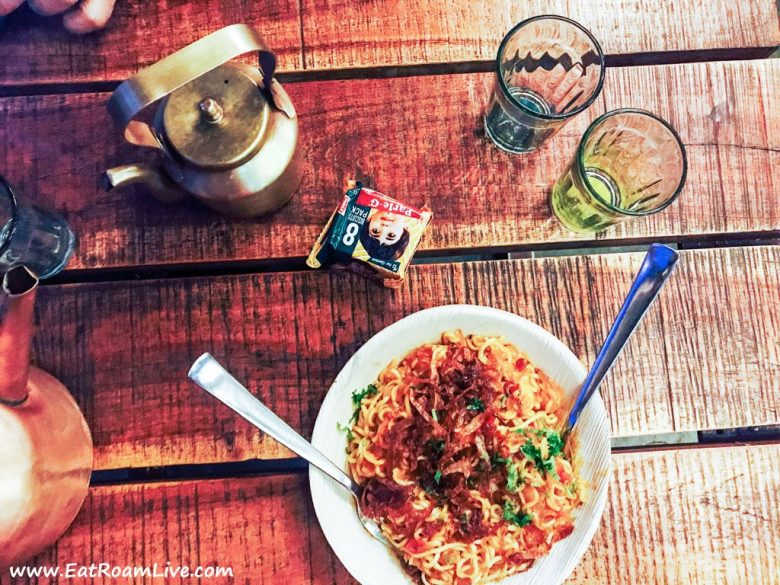 Cutting Chai with Tadka Maggi at Tapri - The Tea House