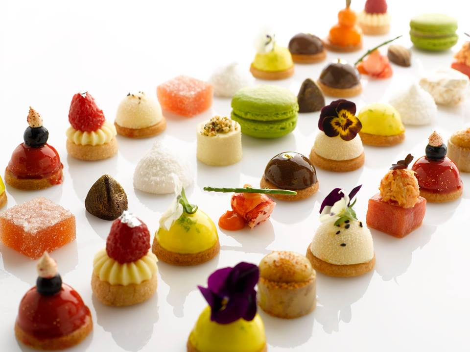 Pretty Petit Fours at Saint Pierre (Image source: Saint Pierre's website)
