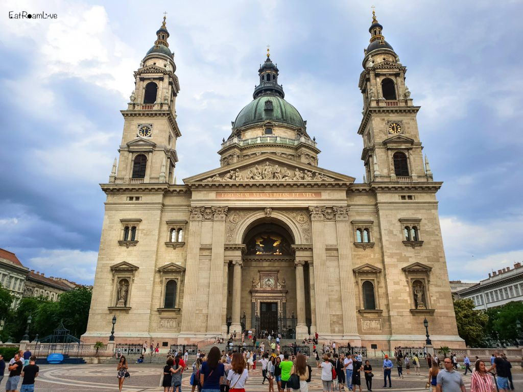 St. Stephen's Basilica, Budapest with Kids (Itinerary & Things to Do)