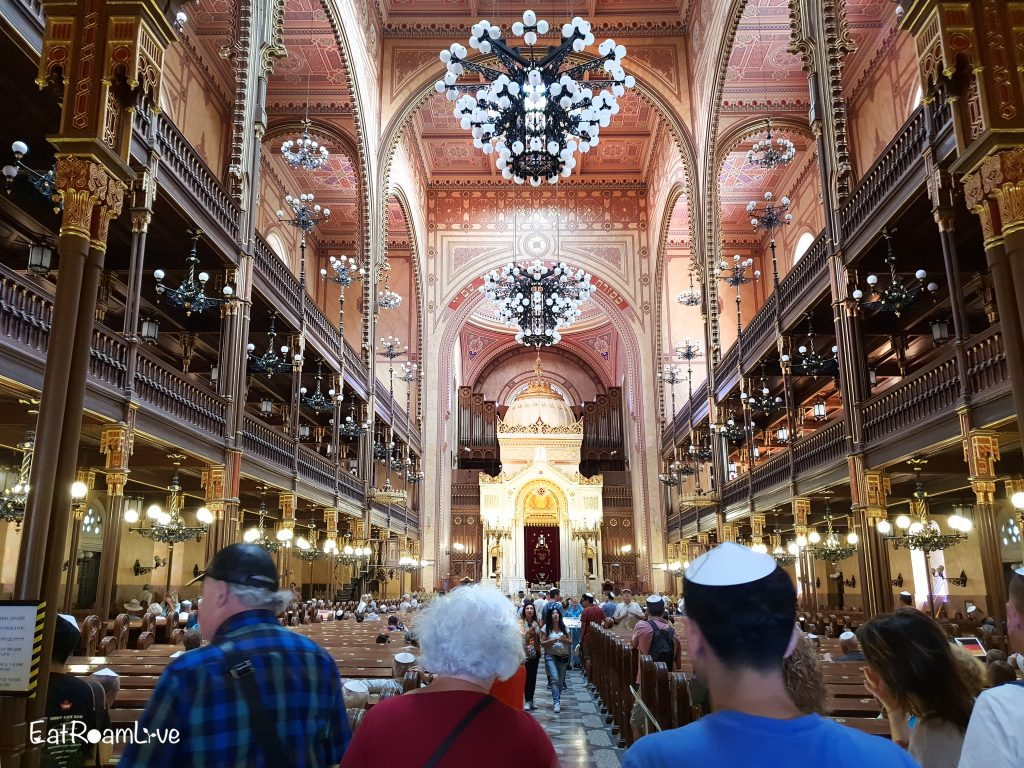 Dohany Street Synagogue, Budapest with Kids (Itinerary & Things to Do)