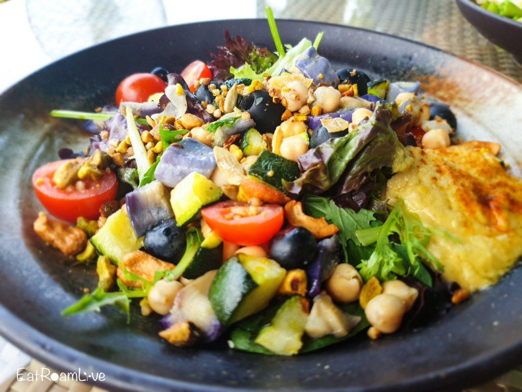 Mediterranean salad at Prive Keppel Bay: Vegetarian Review
